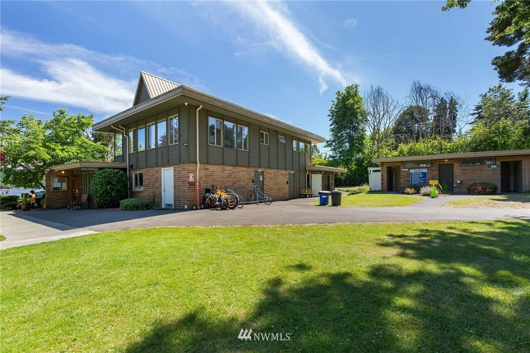 Sold Property | 17122 25th Avenue NE Lake Forest Park, WA 98155 29