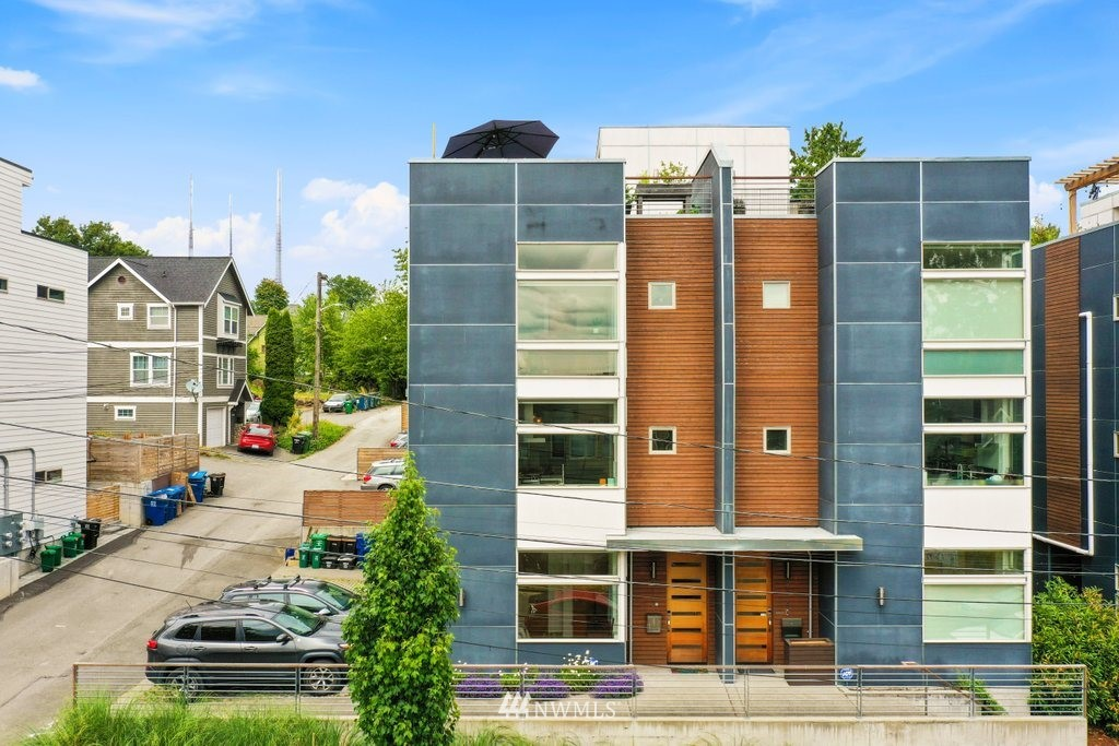Sold Property | 2112 E James Street Seattle, WA 98122 0