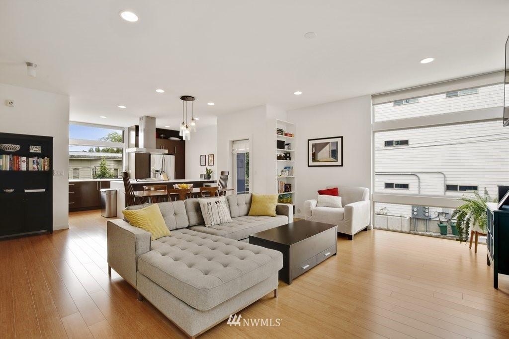Sold Property | 2112 E James Street Seattle, WA 98122 3