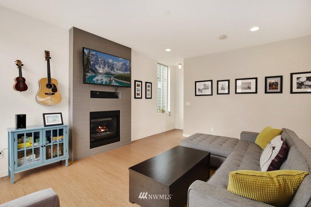 Sold Property | 2112 E James Street Seattle, WA 98122 2