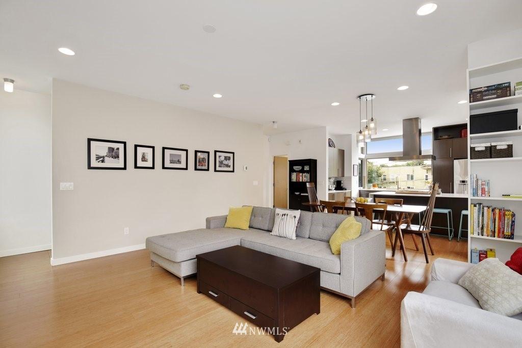 Sold Property | 2112 E James Street Seattle, WA 98122 5
