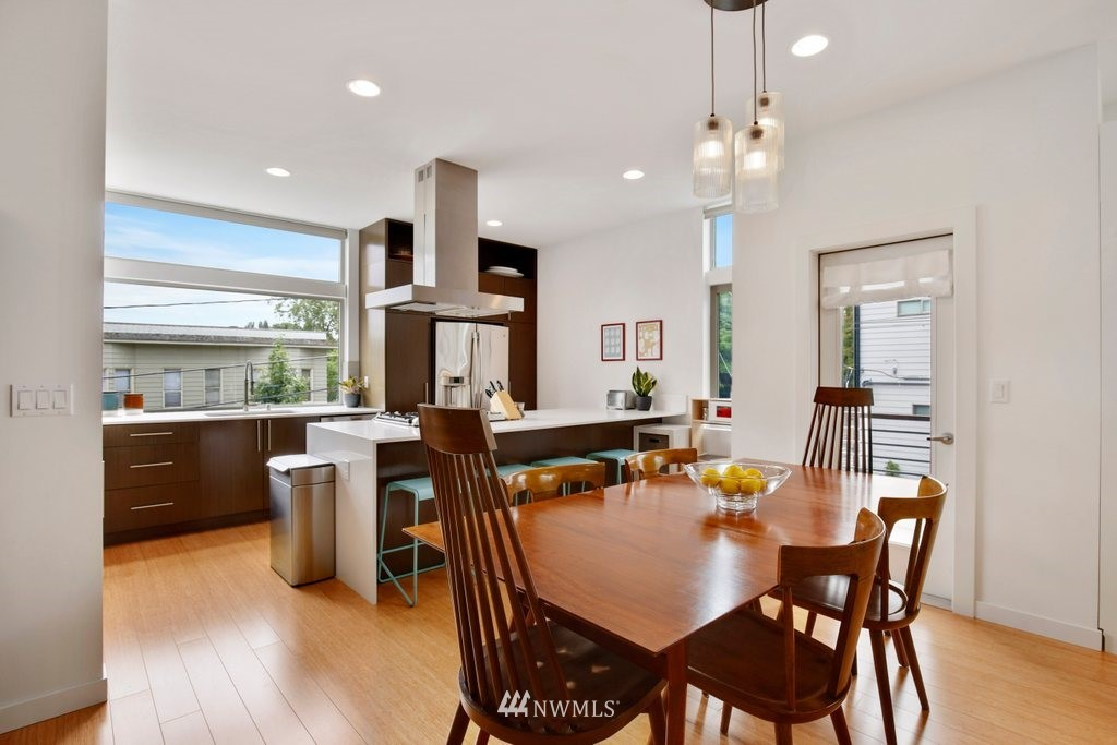 Sold Property | 2112 E James Street Seattle, WA 98122 12
