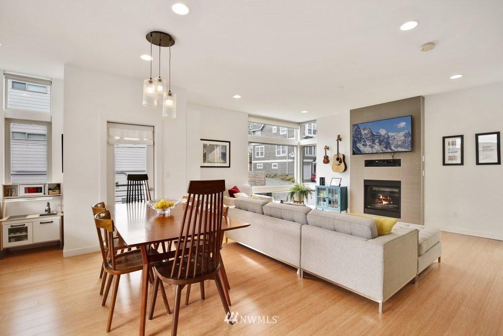Sold Property | 2112 E James Street Seattle, WA 98122 11