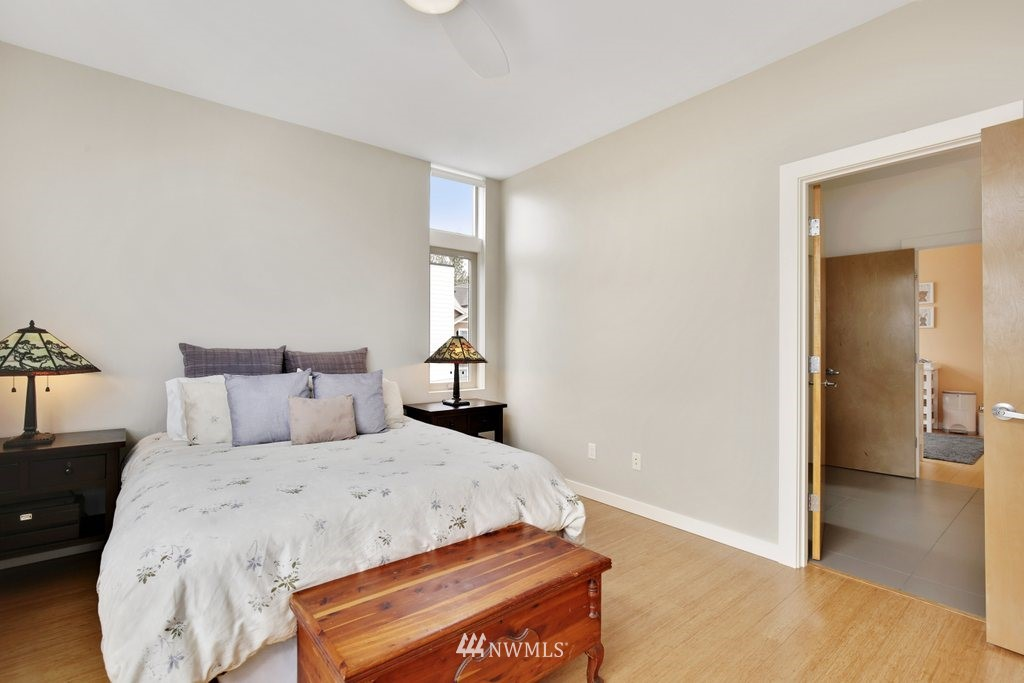 Sold Property | 2112 E James Street Seattle, WA 98122 16