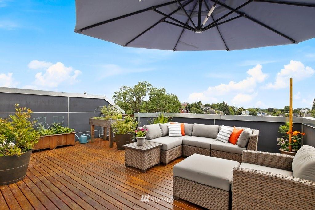 Sold Property | 2112 E James Street Seattle, WA 98122 29