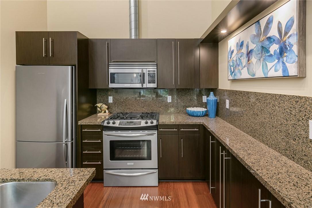 Sold Property | 530 Broadway E #112 Seattle, WA 98102 8