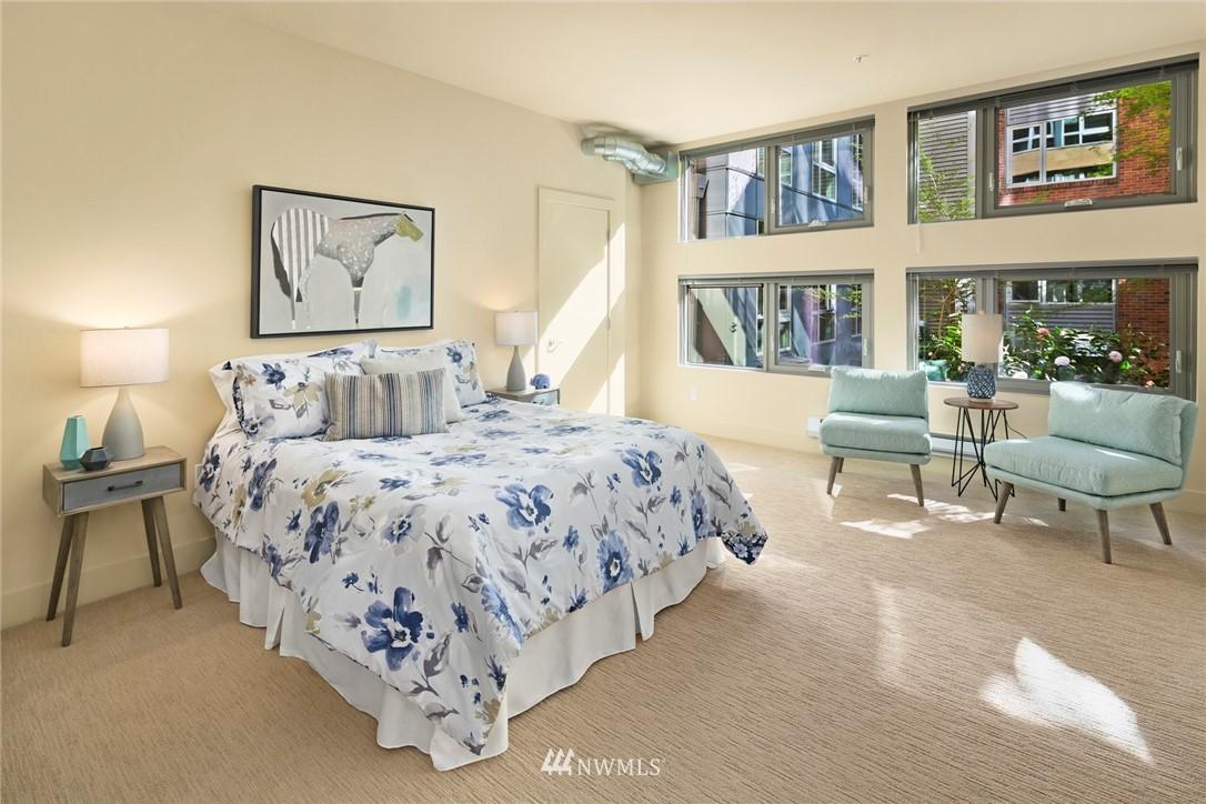 Sold Property | 530 Broadway E #112 Seattle, WA 98102 13