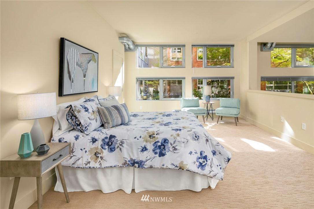Sold Property | 530 Broadway E #112 Seattle, WA 98102 20