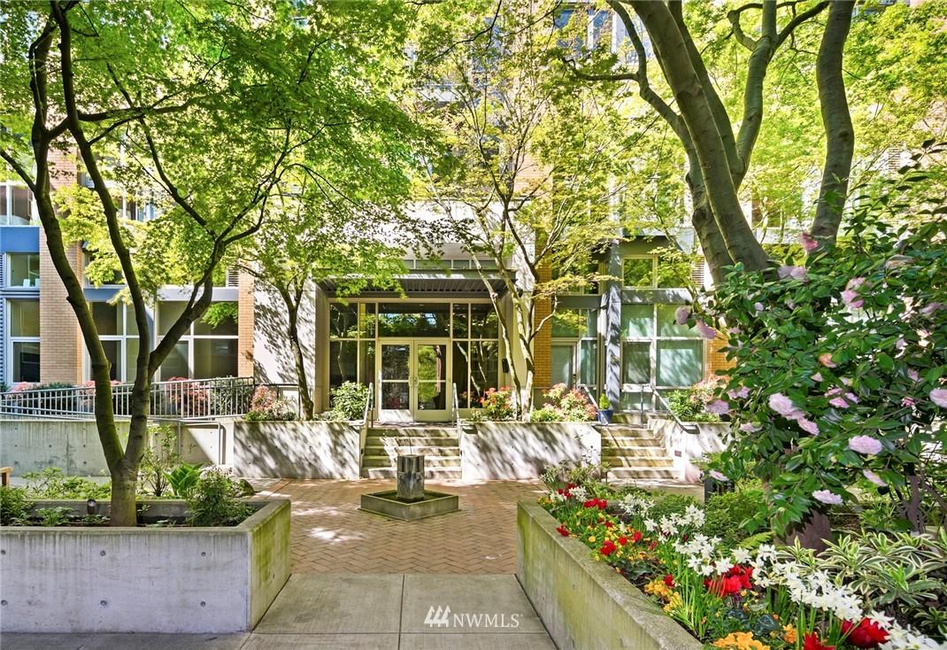 Sold Property | 530 Broadway E #112 Seattle, WA 98102 24