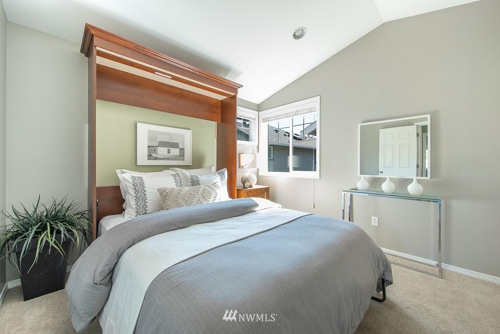 Sold Property | 12032 28th Avenue NE #A Seattle, WA 98125 14