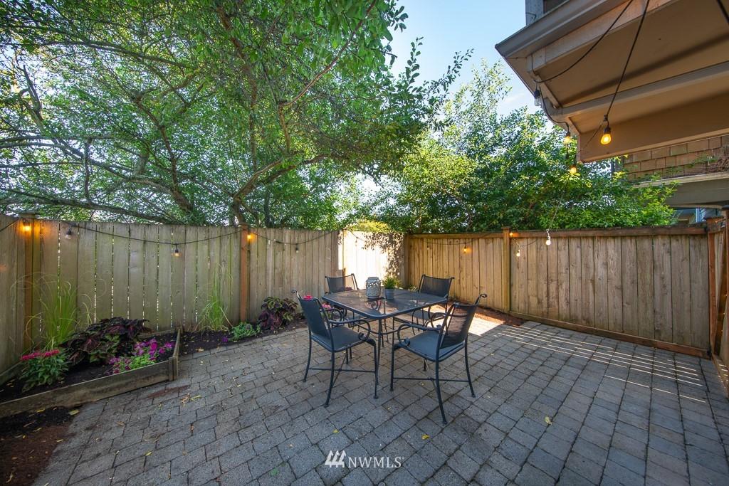 Sold Property | 12032 28th Avenue NE #A Seattle, WA 98125 17