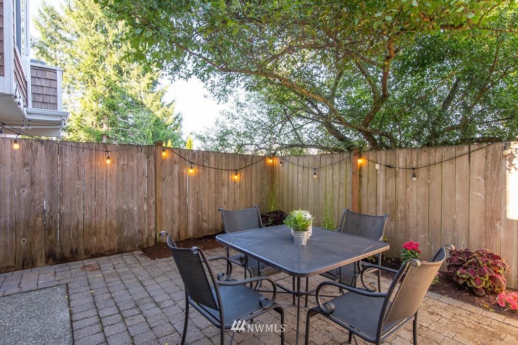Sold Property | 12032 28th Avenue NE #A Seattle, WA 98125 18