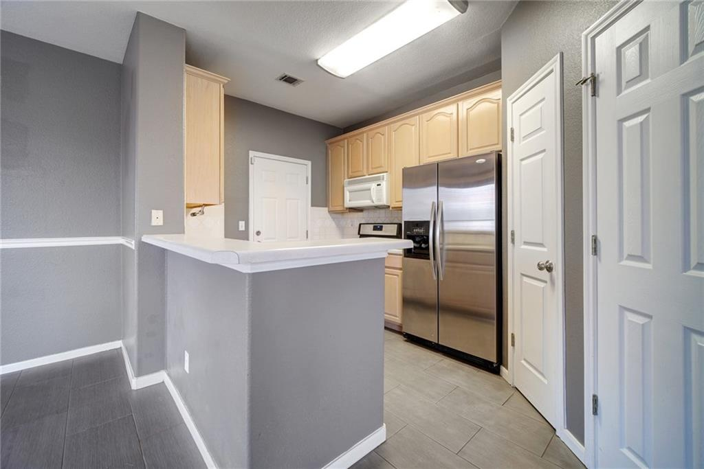 Active   2100 Pipers Field Drive #22 Austin, TX 78758 11