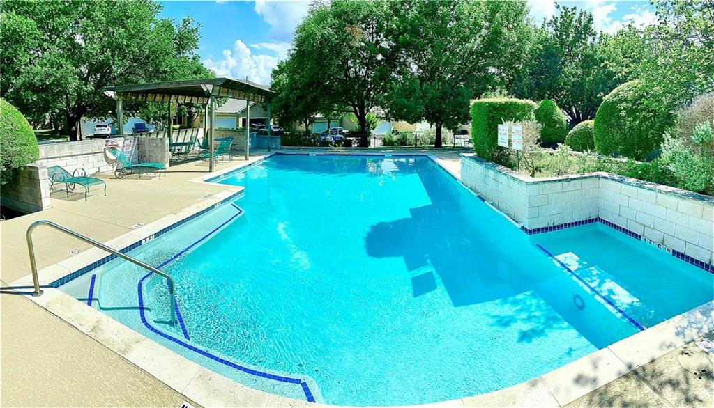 Active   2100 Pipers Field Drive #22 Austin, TX 78758 32