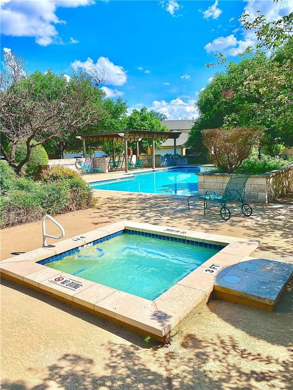 Active   2100 Pipers Field Drive #22 Austin, TX 78758 33