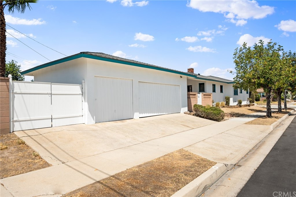 Closed   401 N 20th Street Montebello, CA 90640 10