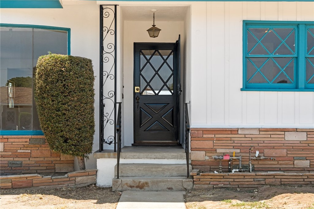 Closed   401 N 20th Street Montebello, CA 90640 4