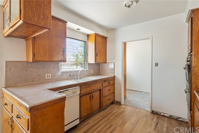 Active Under Contract | 401 N 20th Street Montebello, CA 90640 6