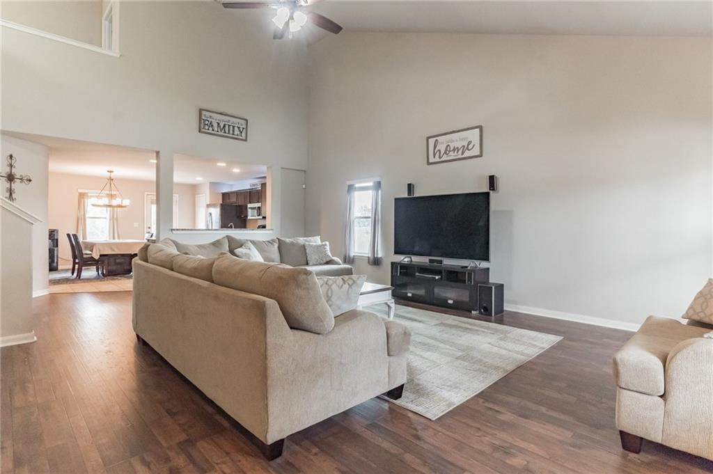 Closed   340 Langely Kyle, TX 78640 4