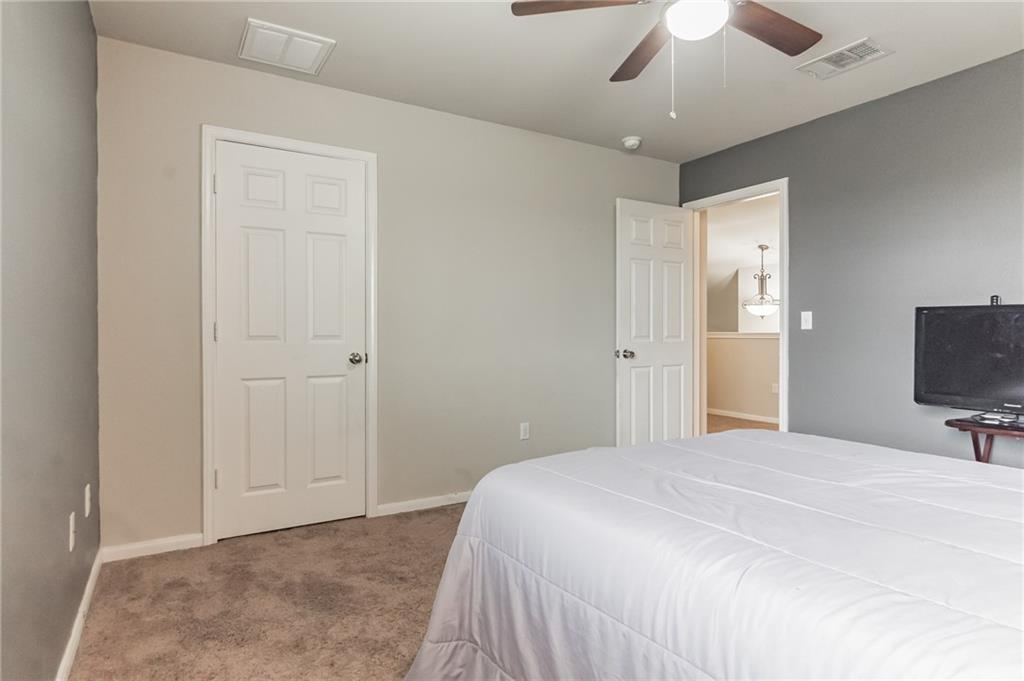 Closed   340 Langely Kyle, TX 78640 19