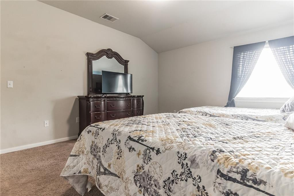 Closed   340 Langely Kyle, TX 78640 24