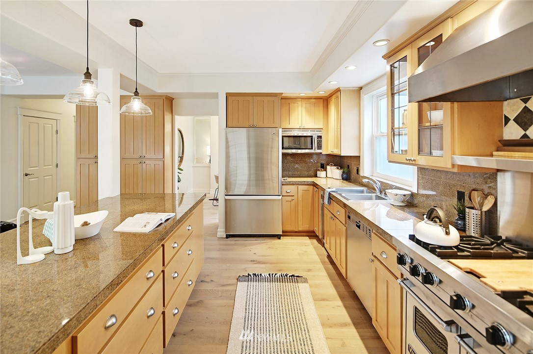 Sold Property | 10006 Mary Avenue NW Seattle, WA 98177 8