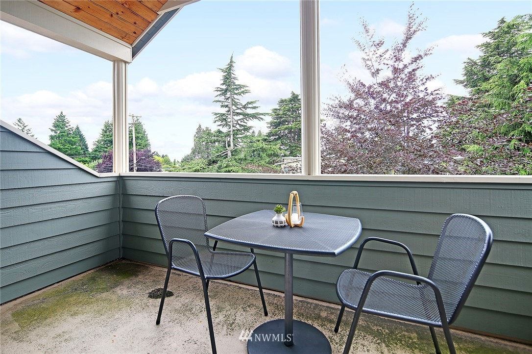 Sold Property | 10006 Mary Avenue NW Seattle, WA 98177 27