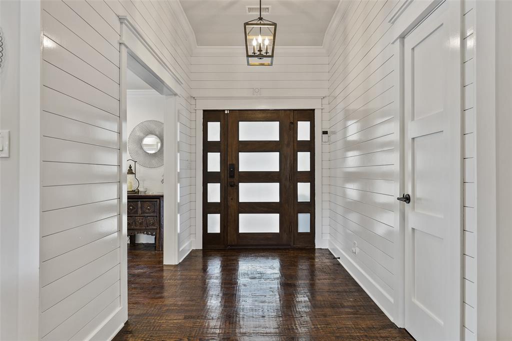 Sold Property   7630 Oakbluff Drive Dallas, Texas 75254 4