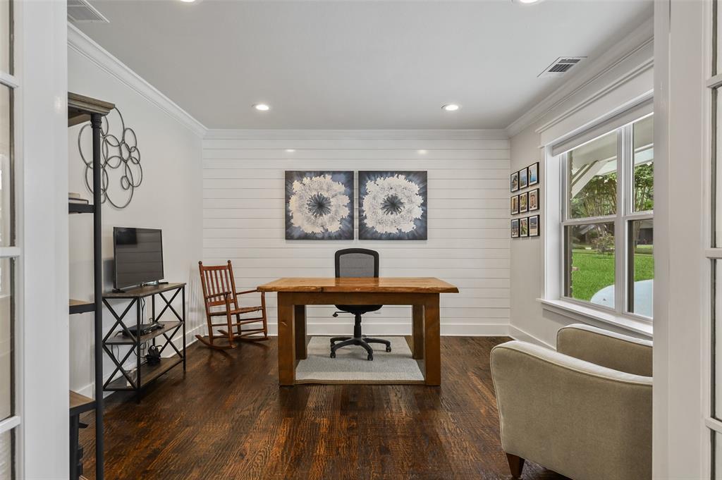 Sold Property   7630 Oakbluff Drive Dallas, Texas 75254 6