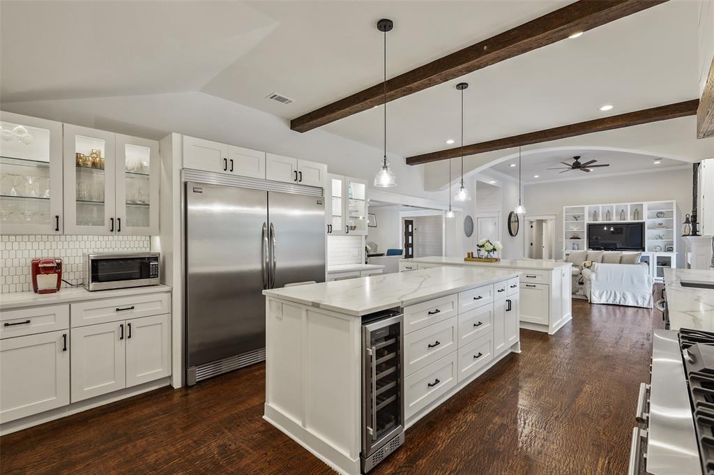 Sold Property   7630 Oakbluff Drive Dallas, Texas 75254 8