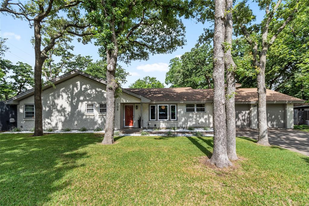 Sold Property | 108 Post Oak Circle Hurst, Texas 76053 0