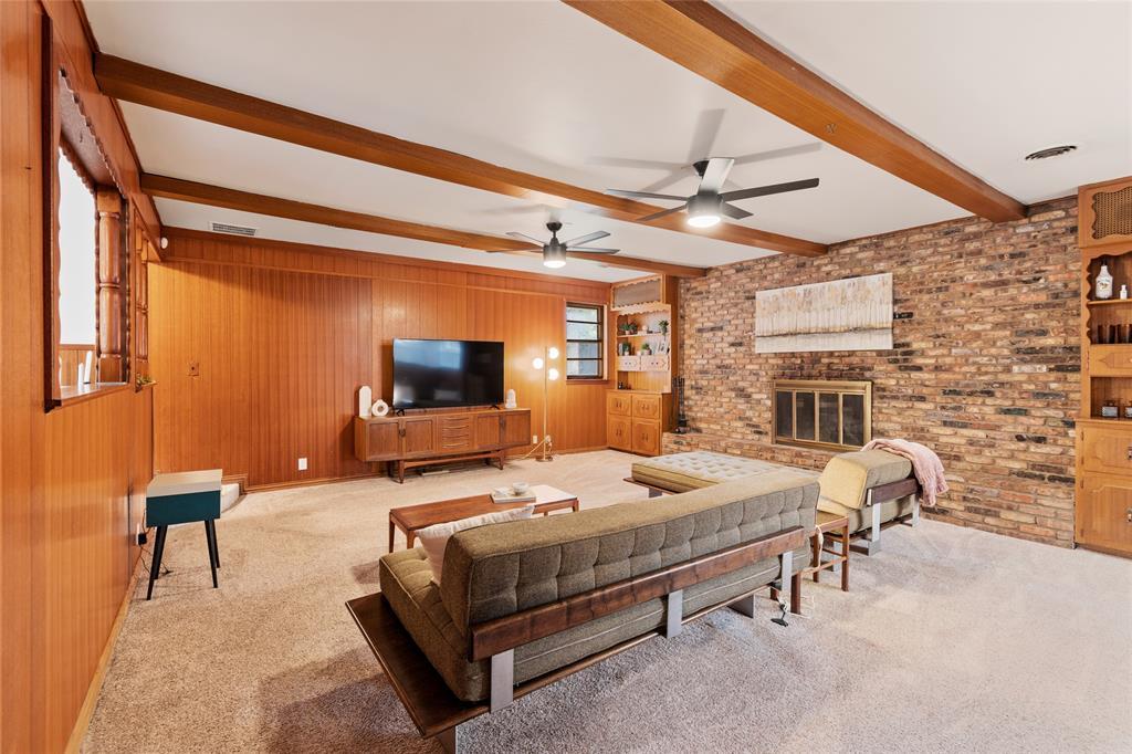 Sold Property | 108 Post Oak Circle Hurst, Texas 76053 18