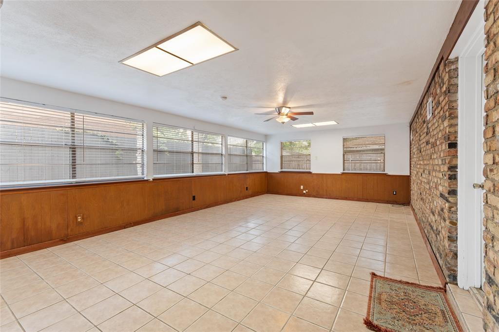 Sold Property | 108 Post Oak Circle Hurst, Texas 76053 19
