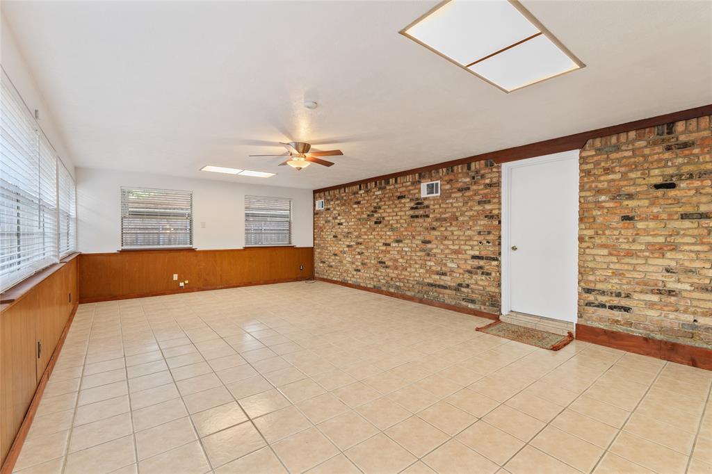 Sold Property | 108 Post Oak Circle Hurst, Texas 76053 20
