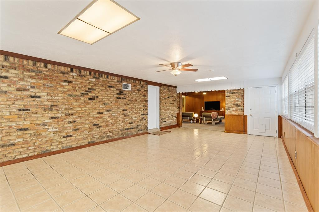 Sold Property | 108 Post Oak Circle Hurst, Texas 76053 21