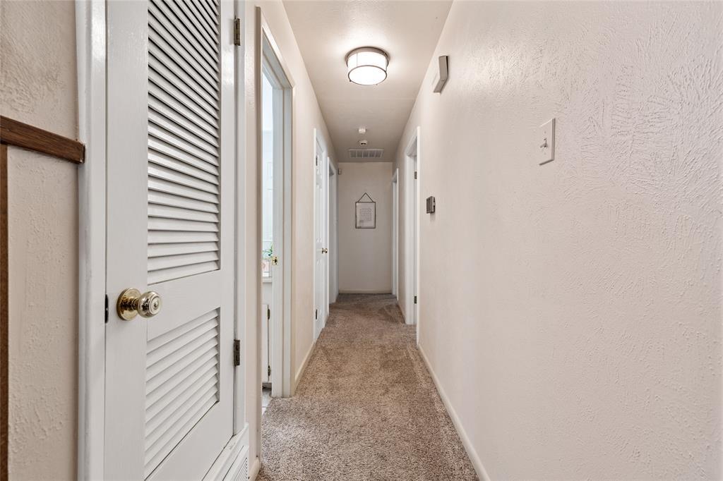 Sold Property | 108 Post Oak Circle Hurst, Texas 76053 23