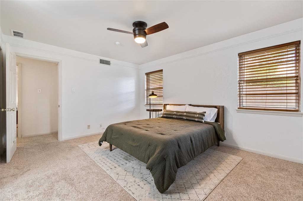 Sold Property | 108 Post Oak Circle Hurst, Texas 76053 25