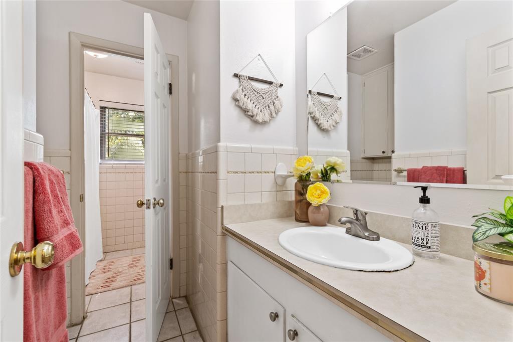 Sold Property | 108 Post Oak Circle Hurst, Texas 76053 29