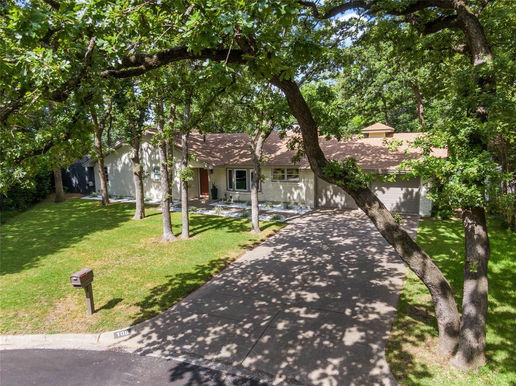 Sold Property | 108 Post Oak Circle Hurst, Texas 76053 3