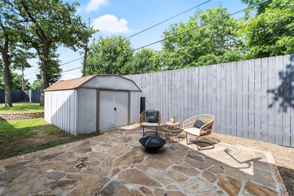 Sold Property | 108 Post Oak Circle Hurst, Texas 76053 31