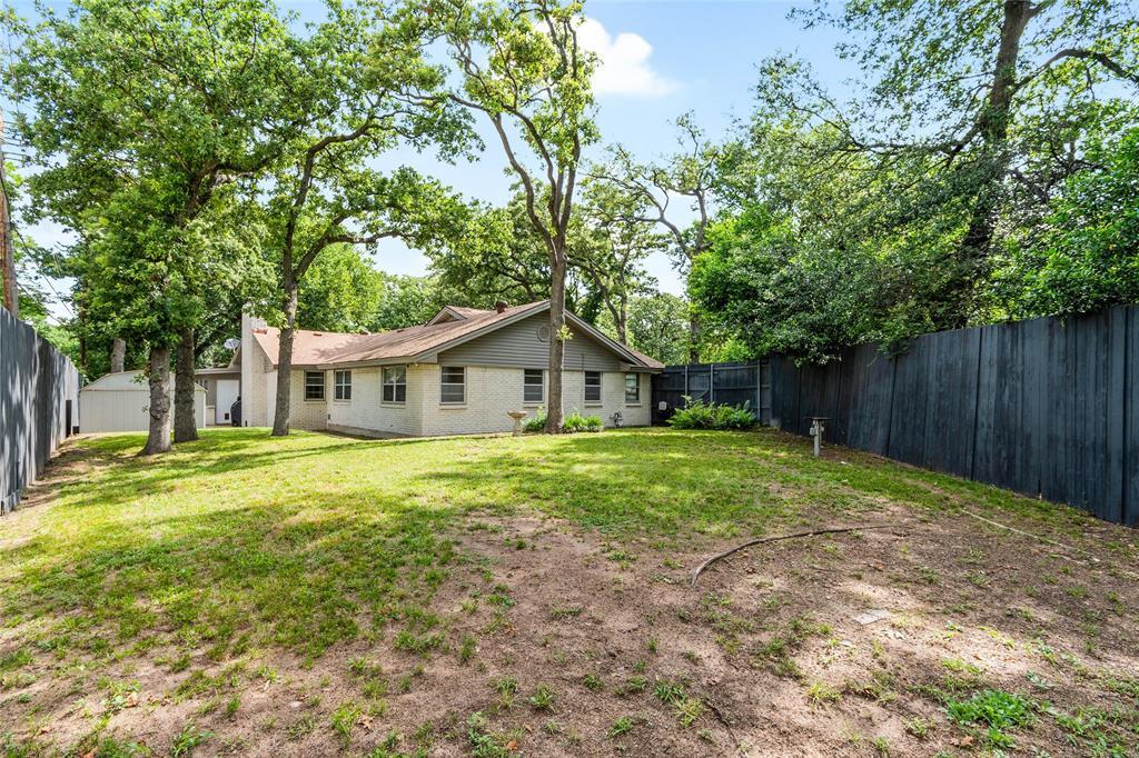 Sold Property | 108 Post Oak Circle Hurst, Texas 76053 32