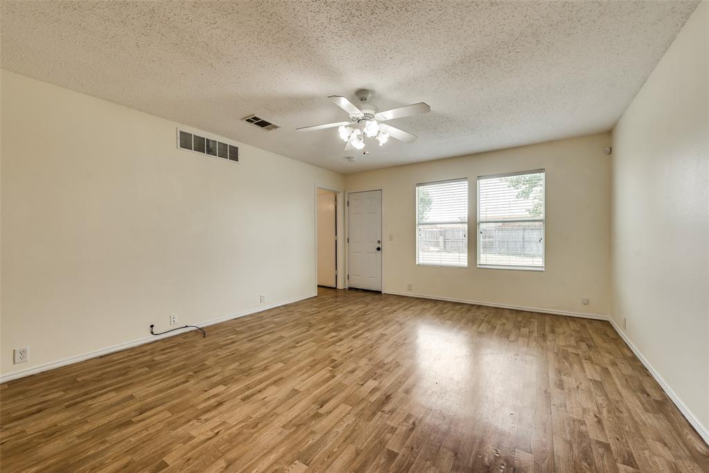 Leased | 1338 Hardned Lane Dallas, Texas 75217 8