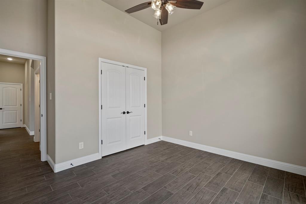 Pending | 725 Glade Park Court Azle, Texas 76020 30