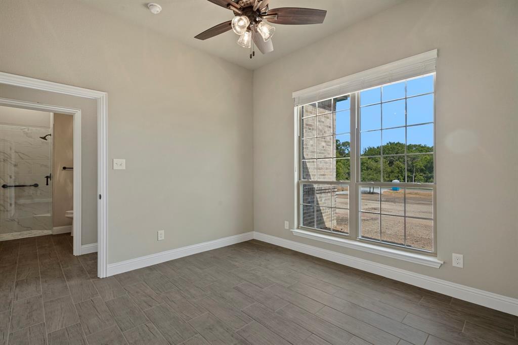 Pending | 725 Glade Park Court Azle, Texas 76020 36
