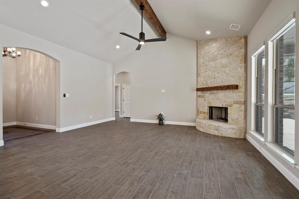 Pending | 725 Glade Park Court Azle, Texas 76020 8