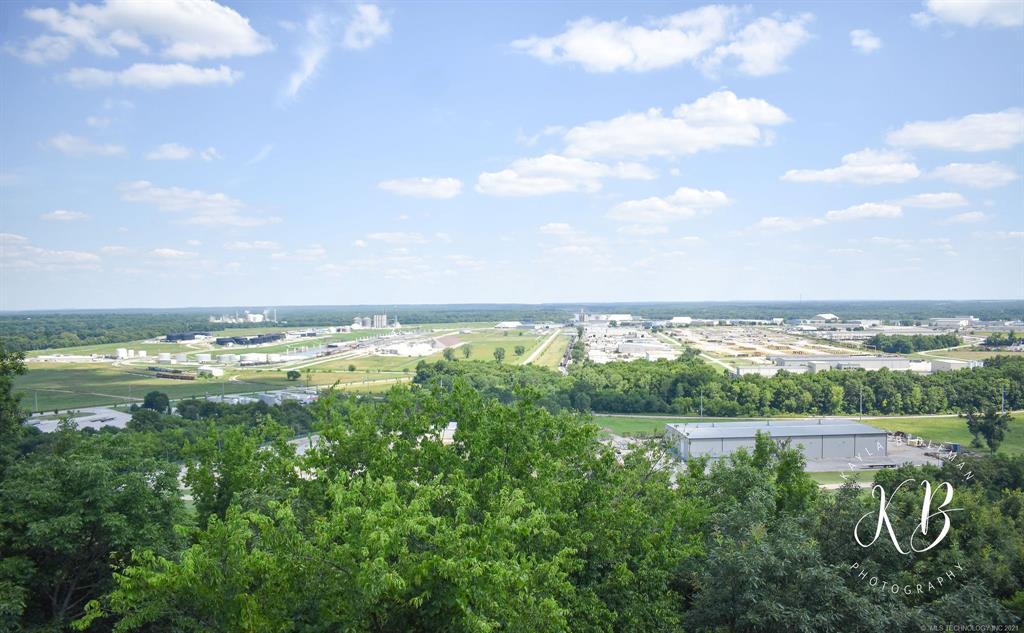 Active | 6531 S Ridgeview Road Owasso, Oklahoma 74015 16