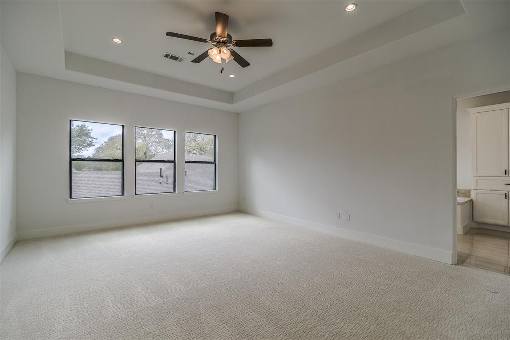 Off Market | 1463 Oak Tree Drive Houston, Texas 77055 23