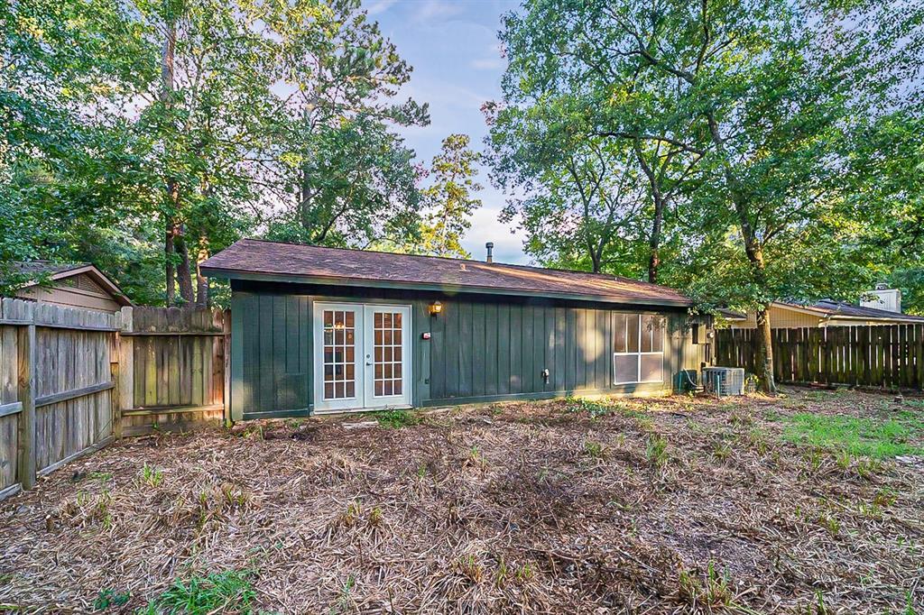 Pending   5 Red Deer Lane Spring, Texas 77380 25