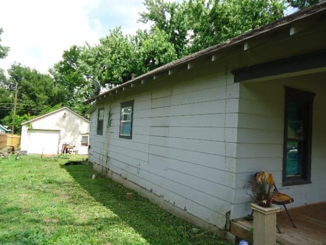Active   615 S 5th #619 S. 5th (Lot next door to the South) Ponca City, OK 74601 4