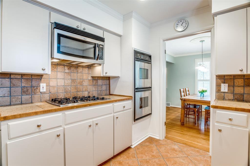 Sold Property   6245 Woodcrest Lane Dallas, Texas 75214 14
